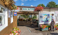 Attracting international visitors - Peewit Caravan Park