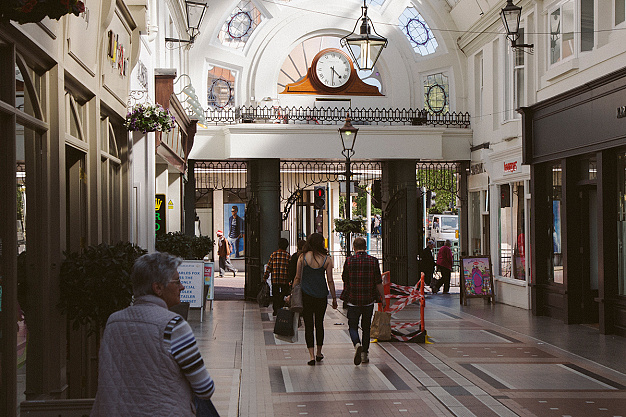 British High Streets: from Crisis to Recovery