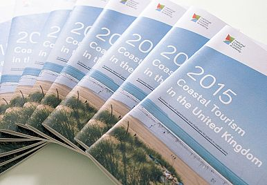 ​Coastal Tourism in 2015 – our new report!